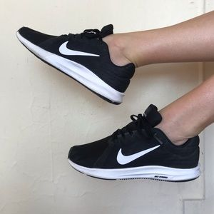 Nike Running Shoe Size 8